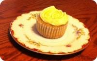 vanilla salted caramel cupcake